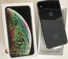 Apple iPhone XS 64GB  400 EUR e iPhone XS Max 64G